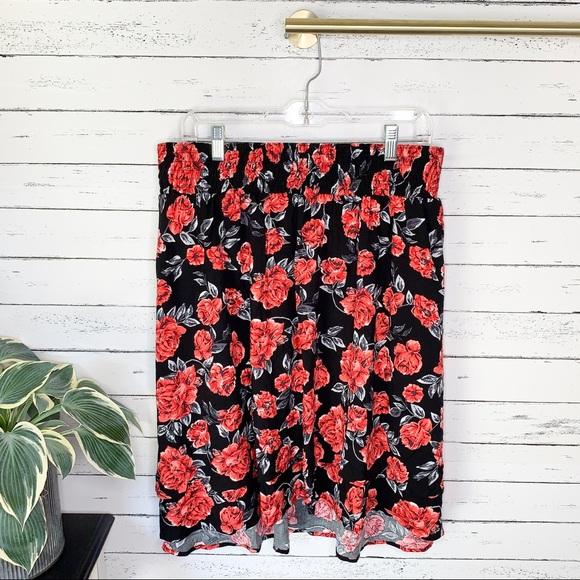 torrid Dresses & Skirts - Torrid Red Roses Skater Skirt